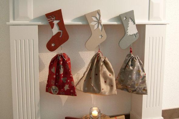 Weihnachtsstiefel aus Holz und Filz
