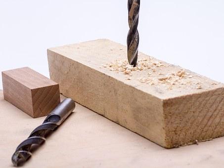 Holz bohren