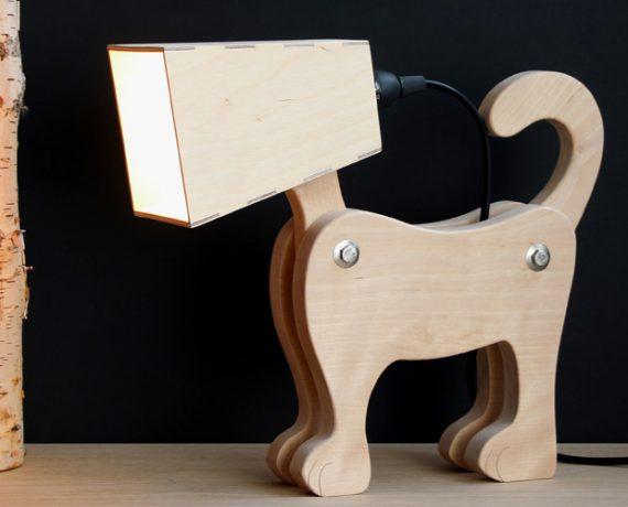 Tischleuchte in Hundeform