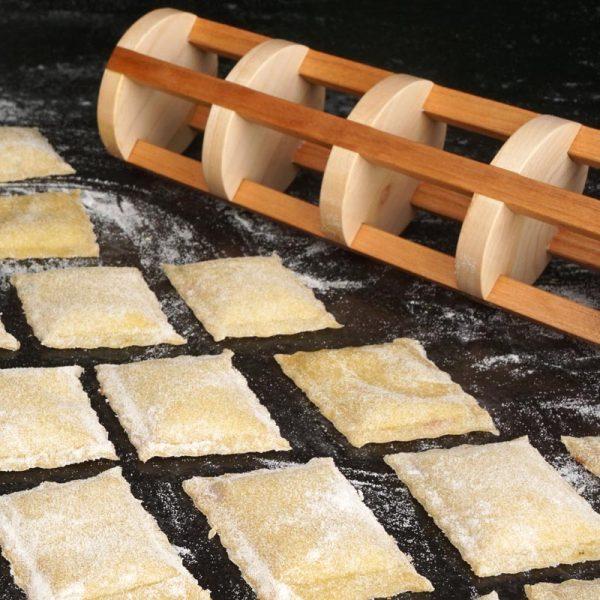 Ravioli-Rolle | DIY-Projekt aus Holz